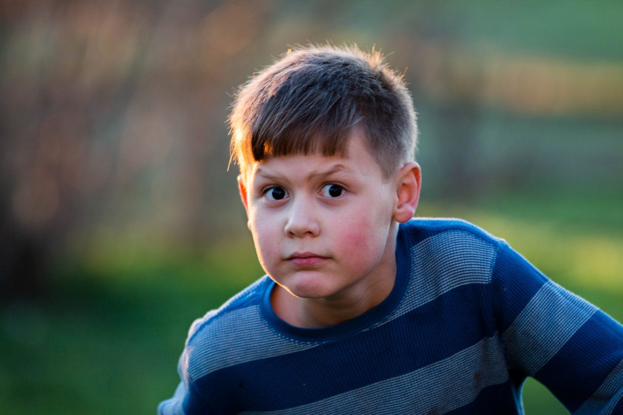 How To Deal With A Stubborn Child: 5 Positive Parenting Tips